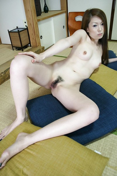 Japanese gal Mai Katagiri undressing and exposing her seductive distorts