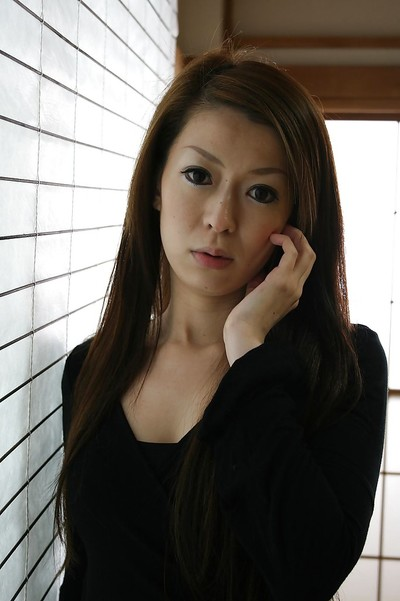 Japanese gal Mai Katagiri undressing and exposing her seductive distorts