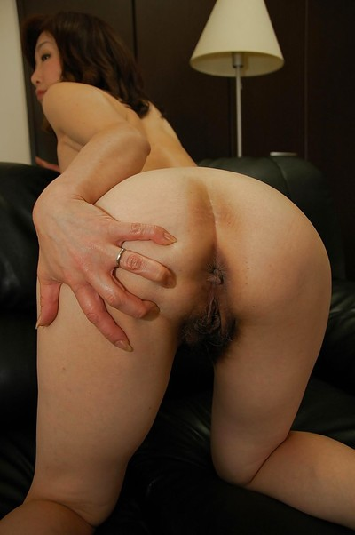 Japanese MILF in suit clothing undressing and amplifying her under lips