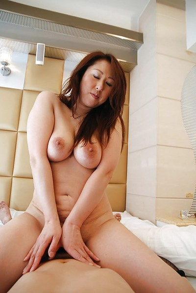 Oriental darling Eiko Kawai benefits from trimmed fur pie vibed, cocked up and creampied