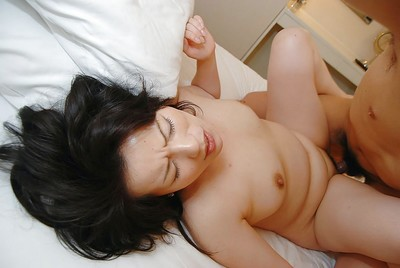 Eastern MILF Misuzu Masuko gives a facefucking and benefits from her curly wet crack shafted severe