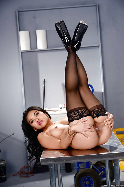 Attractive Japanese solo case Cindy Starfall strutting in underclothing and pipe