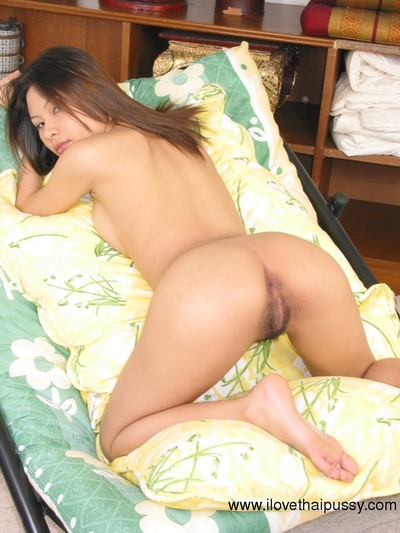 Superb Japanese youthful showing off her nice-looking wavy cum-hole and widening