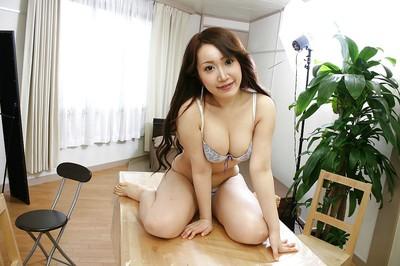 Alluring Japanese youthful Makoto Mukai undressing and expanding her bottom lips