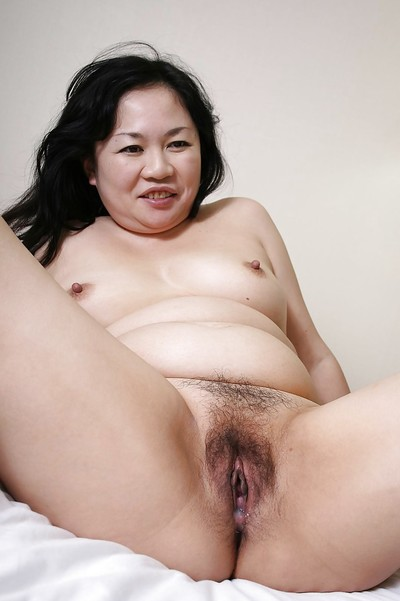 Fatty eastern MILF Rumiko Shiga has some cage of love fingering and astonishingly getting joy