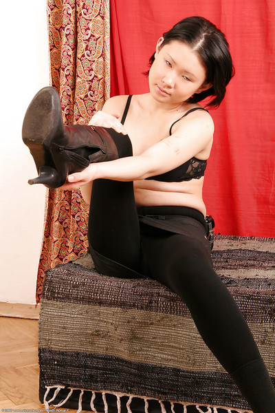 Insignificant Eastern number one timer Dia removing leather boots for stripped modeling