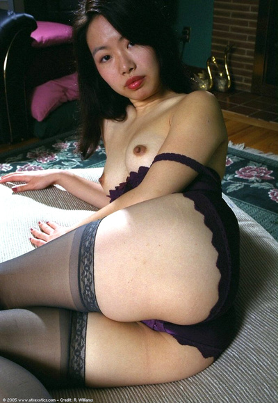 Youthful Japanese queen with little scones expanding curly cum-hole in