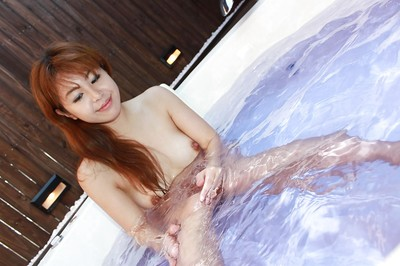 Redhead eastern model Yuriko Hiratsuka killing shower-room and playing with she