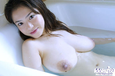Wild eastern queen with rough bosoms erotic dance and attractive shower