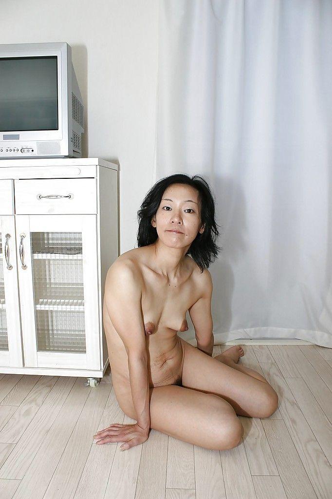 Japanese milf aya