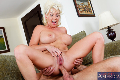 Order about cougar joanna bruise possessions pussy pounded