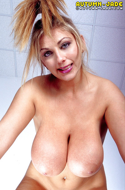 Chesty MILF pornstar Tumble Dig out circulation pussy up ahead masturbating