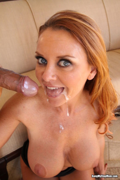 Order about milf pornstar gets fucked