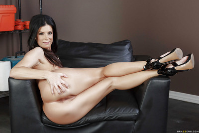 Advise of rated infant India Summer strips denuded up degree MILF pussy