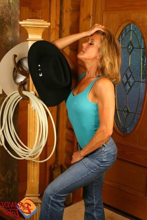 Brandi love in blue jeans