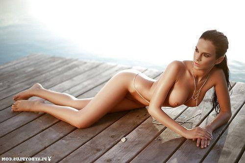 Lean beach gal Sophie posing for centerfold release in ebon bikini