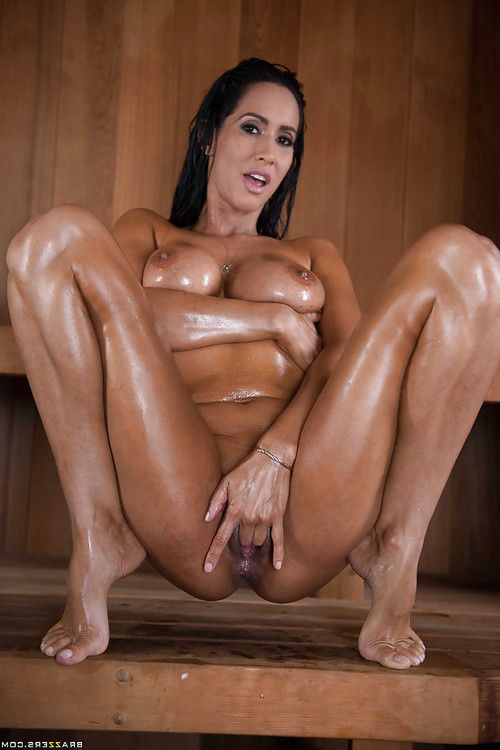 Latina chicito lass Isis Love revealing clever gazoo for anal fingering in sauna