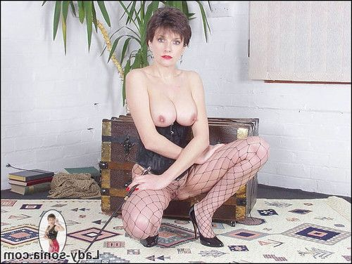 Corset and fishnets leggy femdom-goddess lady sonia