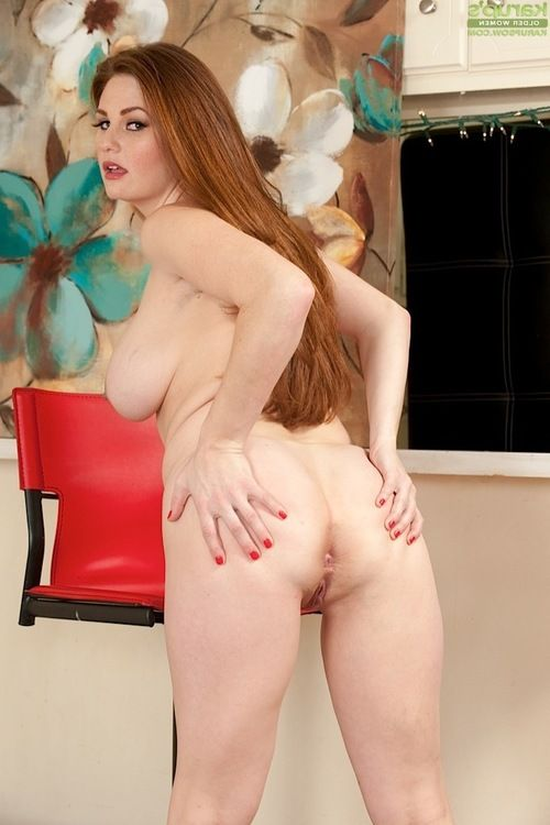 Solo lass Allison Moore revealing immense scones and a-hole previous to fingering dark hole