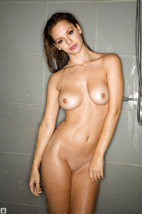 Alluring hottie with compact jugs Cassie Keller charming a bathroom