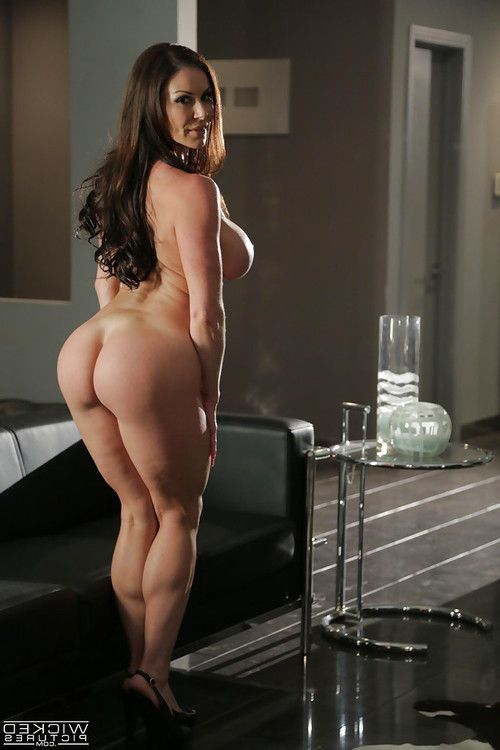 MILF pornstar Kendra Longing striptease unclothed to flaunt huge mangos and a-hole