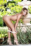 Latin babe Alisette Rodriguez proposes her cute tanned nude body