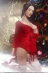 With her fancy swarthy tasteful hair, Jenya portrays a domme which delivers a bountiful harvest as this chick displays her natural, fabulous babe in alluring, pleasant standing beside the christmas tress.