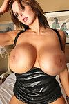 This day we lighten the slavery of Monday with the all the time stupendous 30G Brandy Robbins, who is agone with her stupendous major milk cans and sexy, small and remarkable toned bod!