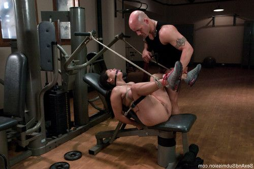 Sexy and busty jessica bangkok gets an unusual workout from her fitness instruct