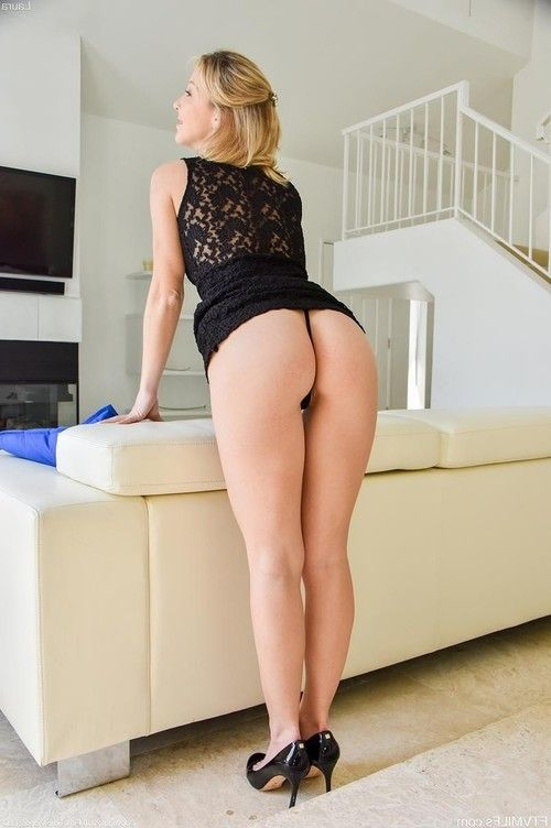 Hot toned milf in a black thong