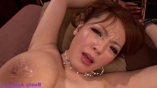 Monster tits porn star hitomi tanaka fucked by the boss at the o