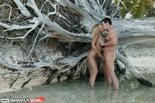 Blonde Devon is giving a stunning deep blowjob right at the beach
