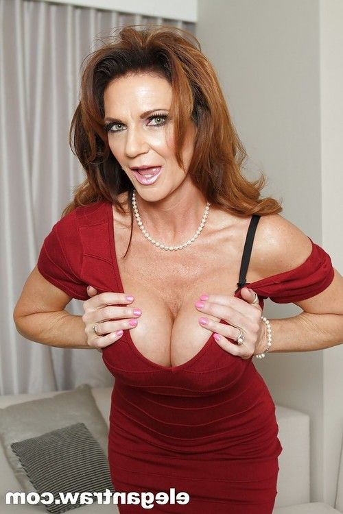 Mature pornstar Deauxma presents her awesome-looking big boobies