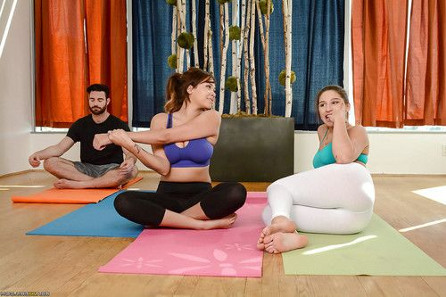 Abella Danger and Cassidy Banks slips off yoga pants for groupsex fucking