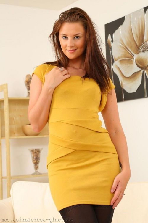 Fit standard secretary gets undressed at work