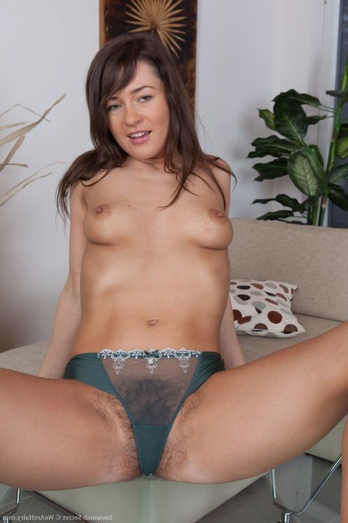 Savannah Unrevealed gets undressed without clothes and masturbates