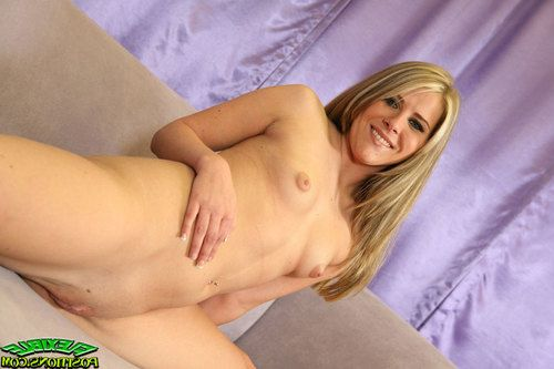 Flexy babe Megan Reece taking off her clothes and posing nude
