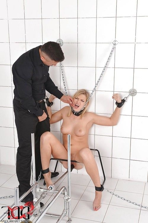 Submissive BDSM hottie with ample tits gets abused and mouth fucked