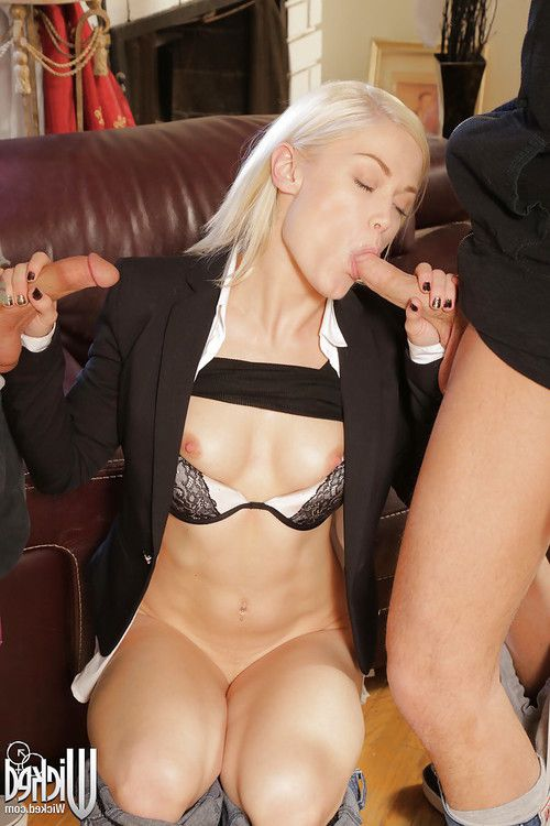 Blonde Ash Hollywood tastes two hard cocks in the same time!