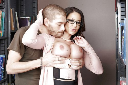 Hot teacher Kendra Lust gets her shitter licked before ass fucking