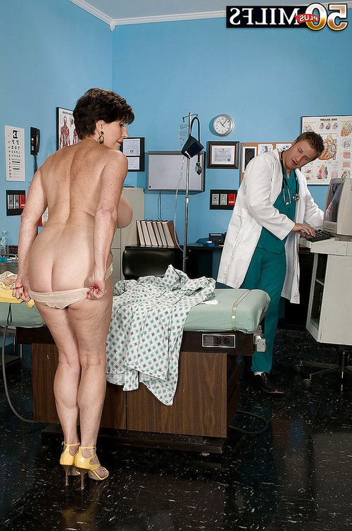 Mature bbw Bea Cummings gets her juggs examined and fucked in the hospital