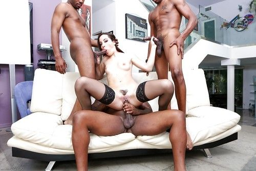 Beauty Marley Blaze is having an awesome interracial gangbang