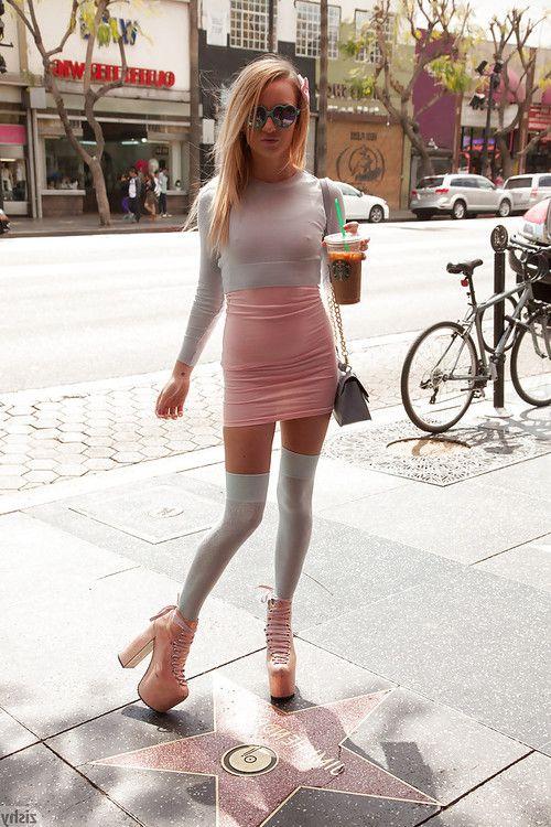 Slutty blonde amateur Carmen Callaway exposing her hot skinny body