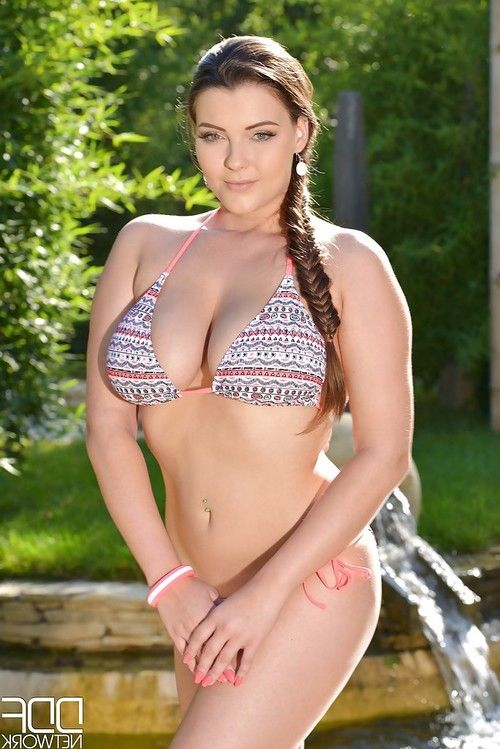 Euro babe Cherry Blush freeing large all natural tits from bikini outdoors