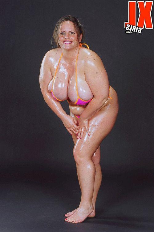 Chubby pornstar gina marie la montana oiled in bikini