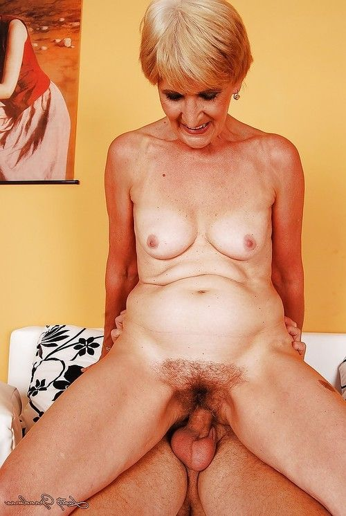 Horny short haired granny with tiny tits gives a blowjob and gets fucked