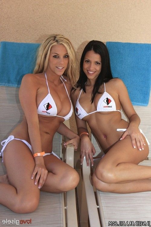 Hot lesbian fun in bikini