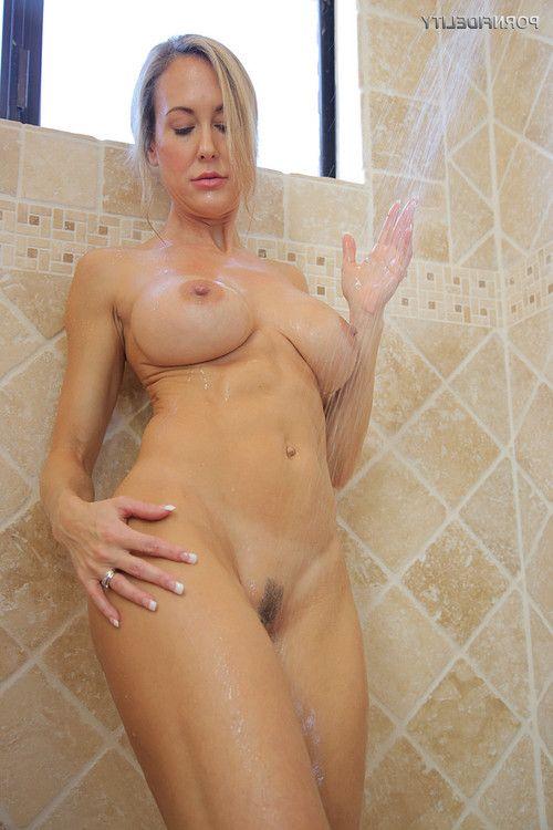 Brandi love in shower