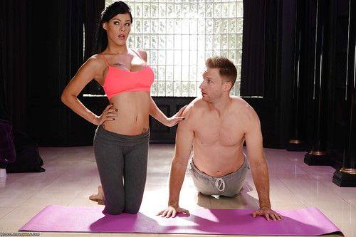 Buxom pornstar Peta Jensen shedding yoga pants for hardcore sex session