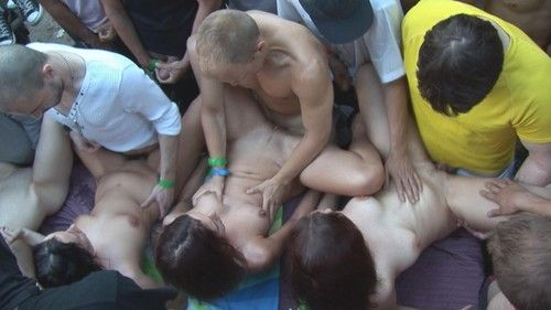 Public amateur orgy photos